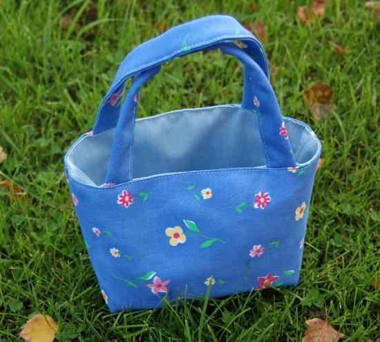 Petit panier en tissu Bleu à fleurs